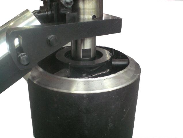 Internal rising Beveling Machine
